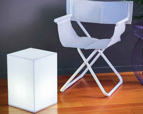 Cubo luminoso in plexiglass