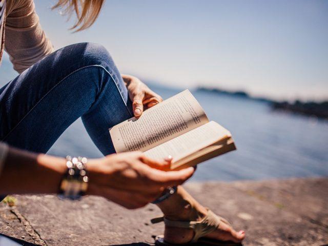€100 bastano per reinventare la tua vita: Consigli di lettura