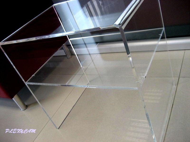 tavolini da salotto in plexiglass trasparente