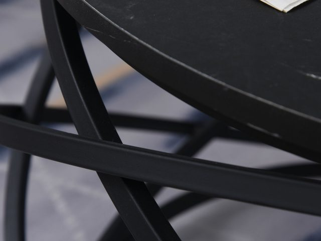 tavolini in metallo